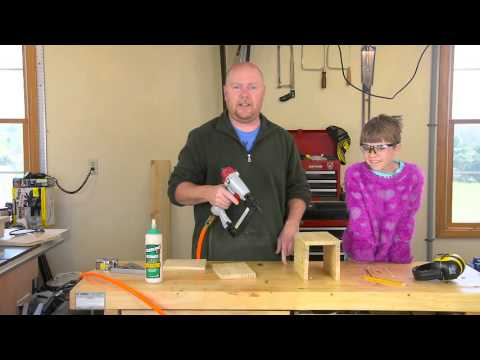 A Simple BIrdhouse to Build with the Kids