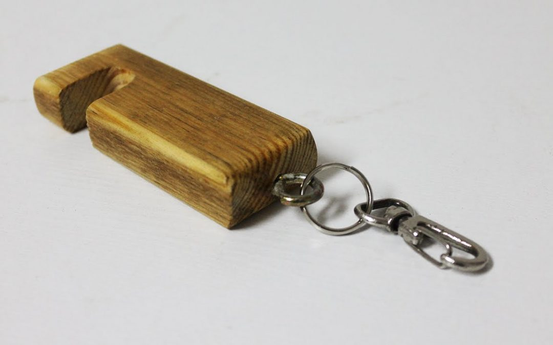 Small woodworking projects that sell well – Phone Stand