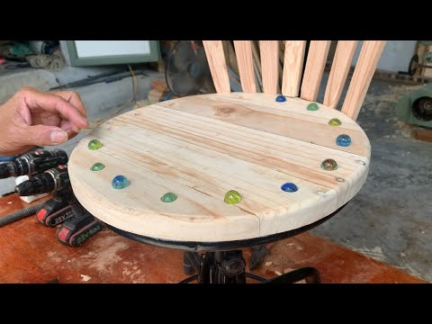 Amazing Woodworking Recycling Ideas // Process To Restore A Broken Chair Picked Up In A Landfill